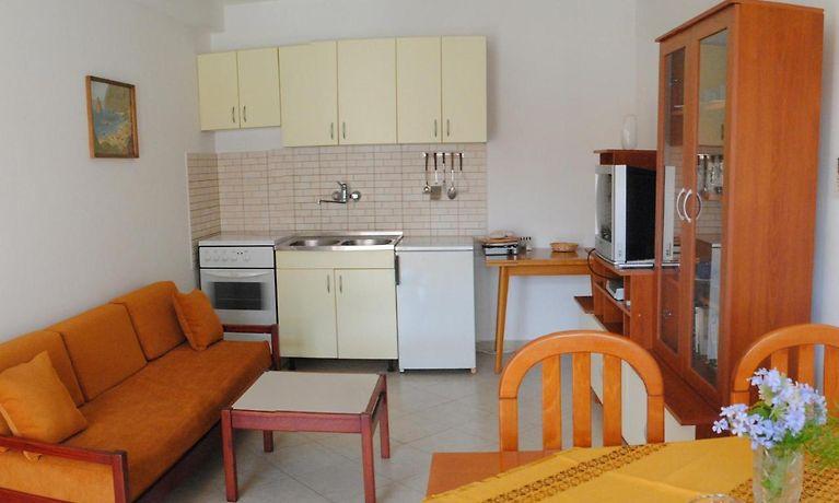 colina Impermeable conversión  obrisati napuhavanja Wither rooms and apartment nike dubrovnik -  tedxdharavi.com